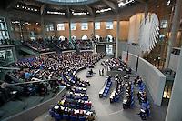 10 NOV 2009, BERLIN/GERMANY:<br /> Uebersicht des gut besetzten Plenarsaals waehrend der Regierungserklaerung von Bundeskanzlerin Angela Merkel, CDU, Bundestagsdebatte, Plenum, Deutscher Bundestag<br /> IMAGE: 20091110-01-035<br /> KEYWORDS: Übersicht, Bundesadler