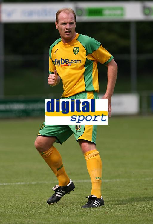 Photo: Maarten Straetemans.<br /> AGOVV Apeldoorn v Norwich City. Pre Season Friendly. 21/07/2007.<br /> Gary Doherty