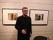 Jack Vettriano, Fonetography, exhibition opening and auction of photos taken with the Nokia 7610 cameraphone. Association oif Photographers Gallery, 81 Leonard St. 16 November 2004.  ONE TIME USE ONLY - DO NOT ARCHIVE  © Copyright Photograph by Dafydd Jones 66 Stockwell Park Rd. London SW9 0DA Tel 020 7733 0108 www.dafjones.com