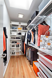 5_Carderock_clothes closet