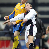 Raith Rovers v St Johnstone..30.10.04<br />Mark Baxter battles with Joe McAlpine<br /><br />Picture by Graeme Hart.<br />Copyright Perthshire Picture Agency<br />Tel: 01738 623350  Mobile: 07990 594431