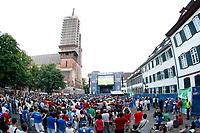 GEPA-2206085528 - BASEL,SCHWEIZ,22.JUN.08 - FUSSBALL - UEFA Europameisterschaft, EURO 2008, Host City Fan Zone, Fanmeile, Fan Meile, Public Viewing. Bild zeigt Fans.<br />Foto: GEPA pictures/ Andreas Pranter