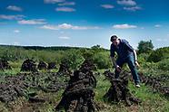 bogman  reporter John Meagher turf on the Clooncullaun Bog