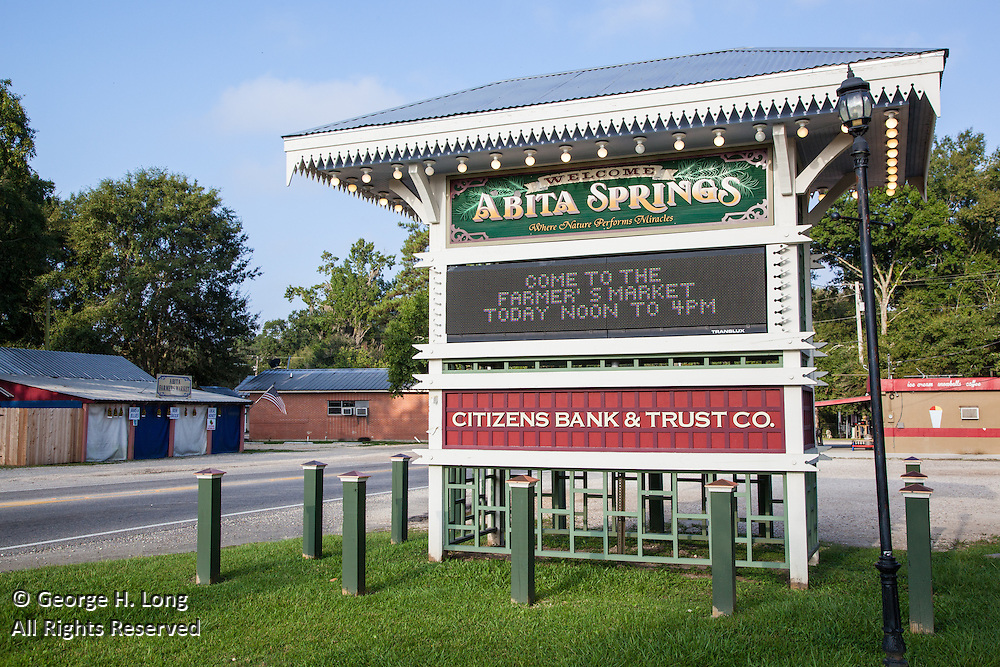 Town of Abita Springs welcome sign near the roundabout in the Historic District