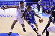 DESCRIZIONE : Porto San Giorgio PreCampionato Lega A 2015-16 Vanoli Cremona Banvit Basketbol GIOCATORE : Deron Washington<br /> CATEGORIA : Palleggio Penetrazione Composizione<br /> SQUADRA : Vanoli Cremona<br /> EVENTO :  PreCampionato Lega A 2015-16<br /> GARA : Vanoli Cremona Banvit Basketbol <br /> DATA : 04/09/2015<br /> SPORT : Pallacanestro <br /> AUTORE : Agenzia Ciamillo-Castoria/A.Giberti<br /> Galleria :  Campionato Lega A 2015-16  <br /> Fotonotizia :  Vanoli Cremona Banvit Basketbol <br /> Predefinita :