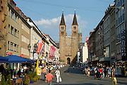 Würzburg....Domstraße mit Dom
