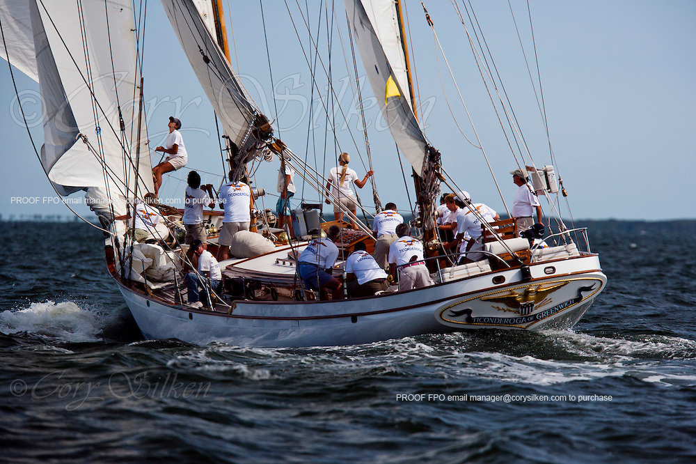 Ticonderoga racing at the Opera House Cup