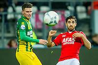 ALKMAAR - 04-12-2015, AZ - ADO Den Haag, AFAS Stadion, 0-1, ADO Den Haag speler Danny Bakker, AZ speler Alireza Jahanbakhsh.