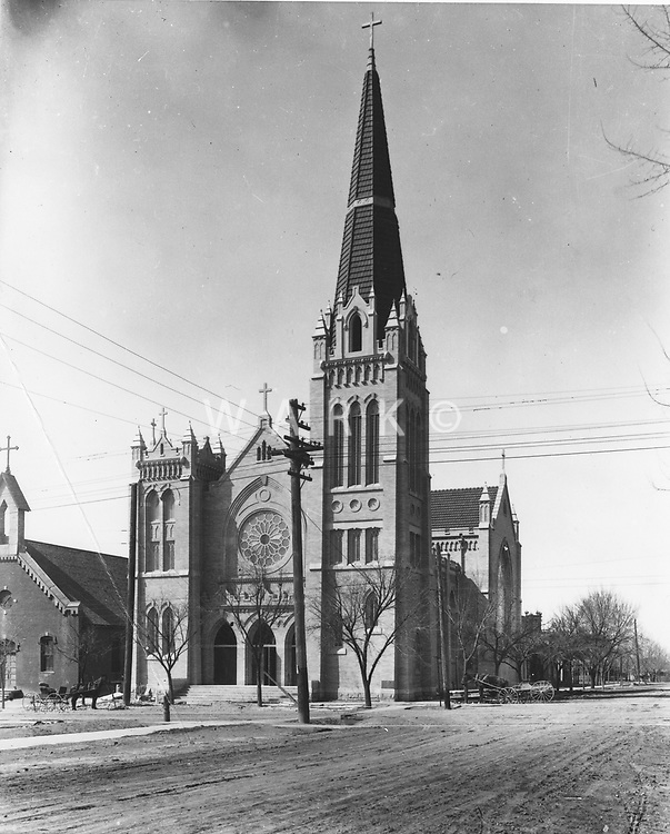 11th and Grand<br />