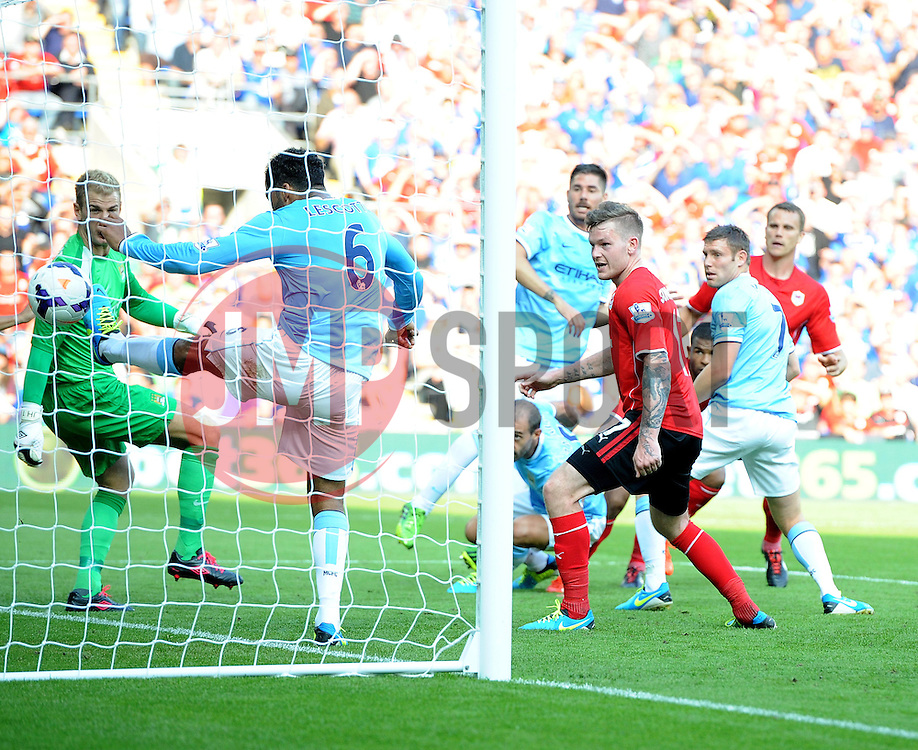 Cardiff City's Fraizer Campbell scores with a header from a corner to make it 3-1  - Photo mandatory by-line: Joe Meredith/JMP - Tel: Mobile: 07966 386802 25/08/2013 - SPORT - FOOTBALL - Cardiff City Stadium - Cardiff -  Cardiff City V Manchester City - Barclays Premier League