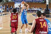 DESCRIZIONE : Trento Torneo Internazionale Maschile Trentino Cup Italia Portogallo Italy Portugal<br /> GIOCATORE : Andrea Bargnani<br /> SQUADRA : Italia Italy<br /> EVENTO : Raduno Collegiale Nazionale Maschile<br /> GARA : Italia Portogallo Italy Portugal<br /> DATA : 27/07/2009 <br /> CATEGORIA : tiro<br /> SPORT : Pallacanestro<br /> AUTORE : Agenzia Ciamillo-Castoria/G.Ciamillo