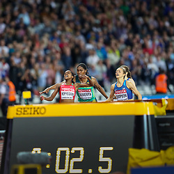 London, 2017 August 07. Faith Chepngetich Kipyegon, Kenya wins ahead of Jennifer Simpson, USA, and Caster Semenya, South Africa, in the women's 1,500m final on day four of the IAAF London 2017 world Championships at the London Stadium. © Paul Davey.