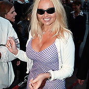 Start omroep Cinenova Beurs van Berlage Amsterdam, Pamela Anderson look a like