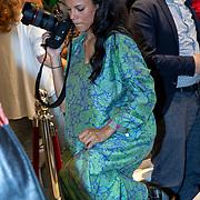 NLD/Amststelveen/20190619 Modeshow kledinglijn Yolathe Cabau van kasbergen genaamd  Bananas&Bananas, zwangere Chloe Leenheer