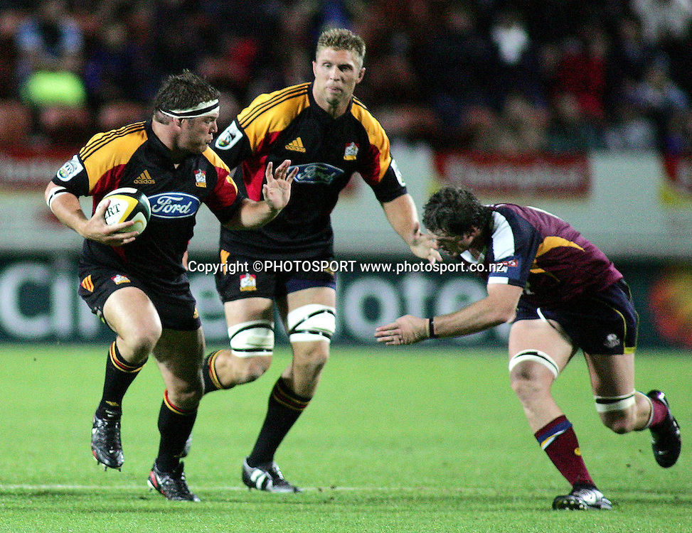 Chiefs Ben Castle during the Super 14 rugby union match between the Chiefs and the Reds at Waikato Stadium, Hamilton on Friday 3 March 2006. The Chiefs won 35-17. Photo: Brett O'Callaghan/PHOTOSPORT