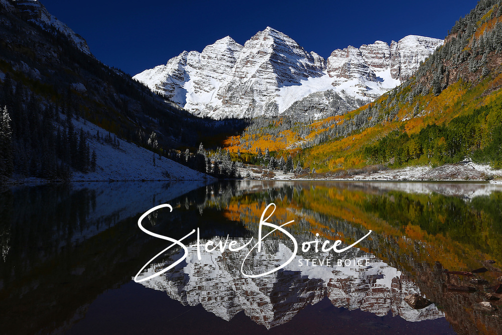 Maroon Bells Wilderness Autumn Lake Reflection, Aspen Colorado