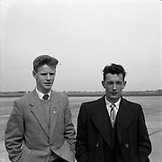 23/05/1957<br /> 05/23/1957<br /> 23 May 1957<br /> F.A.I. Youths team for tour of Germany.<br /> (left) John Lynch (Glasheen); (right) John Quinn (Athlone).