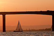 Sailing at sunset on the Columbia River with the 205 Bridge