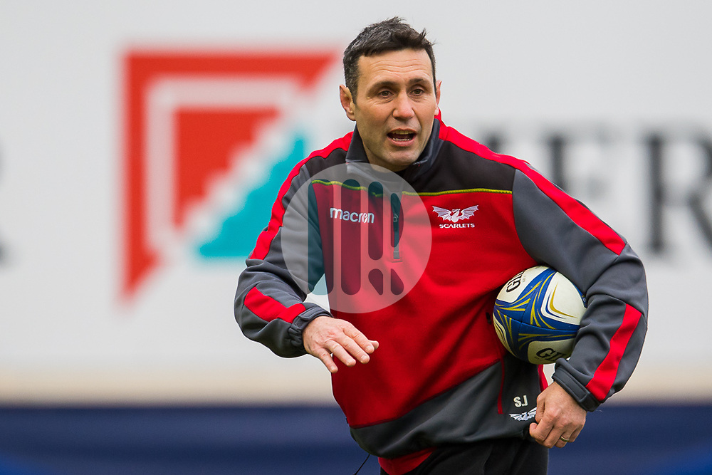 Scarlets' Backs Coach Stephen Jones<br /> <br /> Photographer Simon King/Replay Images<br /> <br /> EPCR Champions Cup Round 3 - Scarlets v Benetton Rugby - Saturday 9th December 2017 - Parc y Scarlets - Llanelli<br /> <br /> World Copyright © 2017 Replay Images. All rights reserved. info@replayimages.co.uk - www.replayimages.co.uk