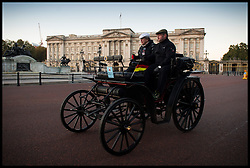 November 6, 2016 - London, London, United Kingdom - Image ©Licensed to i-Images Picture Agency. 06/11/2016. London, United Kingdom. ..The London to Brighton Veteran Car Run 2016...An 1898 BENZ Victoria driven by Hans-Gert Schweigert travels past Buckingham Palace in Central London, UK, on the first leg of the journey from London to Brighton...Picture by Ben Stevens / i-Images (Credit Image: © Ben Stevens/i-Images via ZUMA Wire)