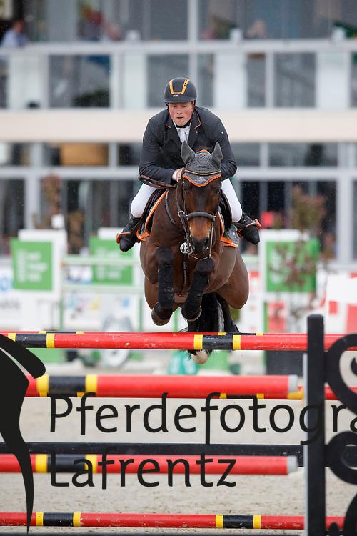 WERNKE Jan (GER), Nashville HR<br /> Hagen - Horses and Dreams meets the Royal Kingdom of Jordan 2018<br /> Finale Mittlere Tour<br /> 29. April 2018<br /> www.sportfotos-lafrentz.de/Stefan Lafrentz
