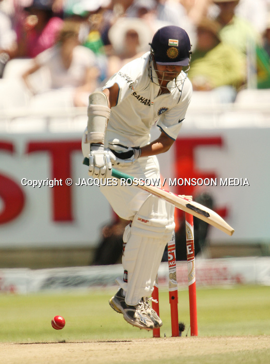 Gautham Gambir fends a short delivery during Day 2 of the third and final Test between South Africa and India played at Sahara Park Newlands in Cape Town, South Africa, on 2 January 2011. Photo by Jacques Rossouw / MONSOON MEDIA