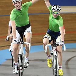Ricardo van Dongen en Pim Rodenburg winnnen het NK Koppelkoers bij de junioren