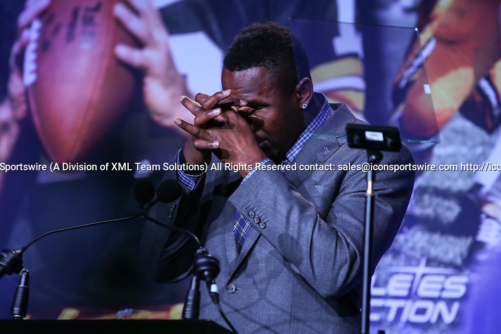 06 FEB 2016:  Carolina Panthers outside linebacker Thomas Davis (58) gets emotional as he addresses the crowd after winning 2016 Bart Starr Award at the grand ballroom of the Hilton Union Square in San Francisco California.  (Photo by Rich Graessle/Icon Sportswire)