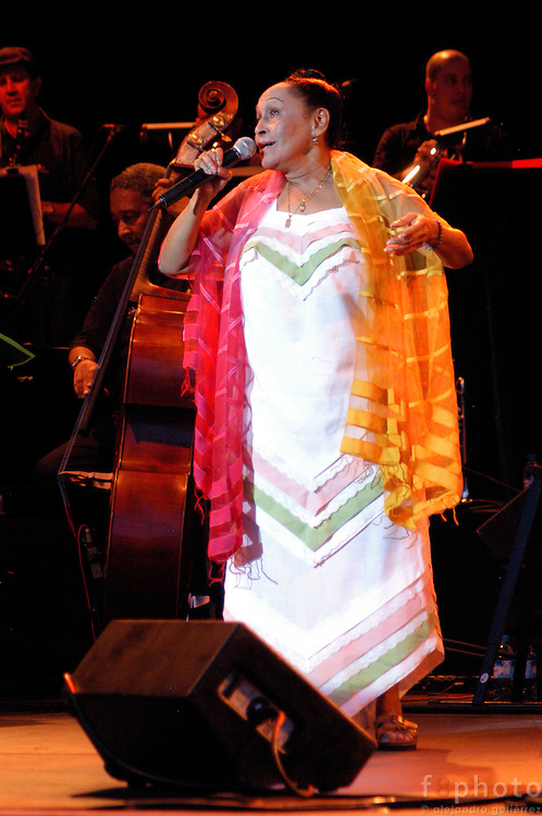 The cuban singer, Omara Portundo during a live concert. Madrid, Spain.<br />