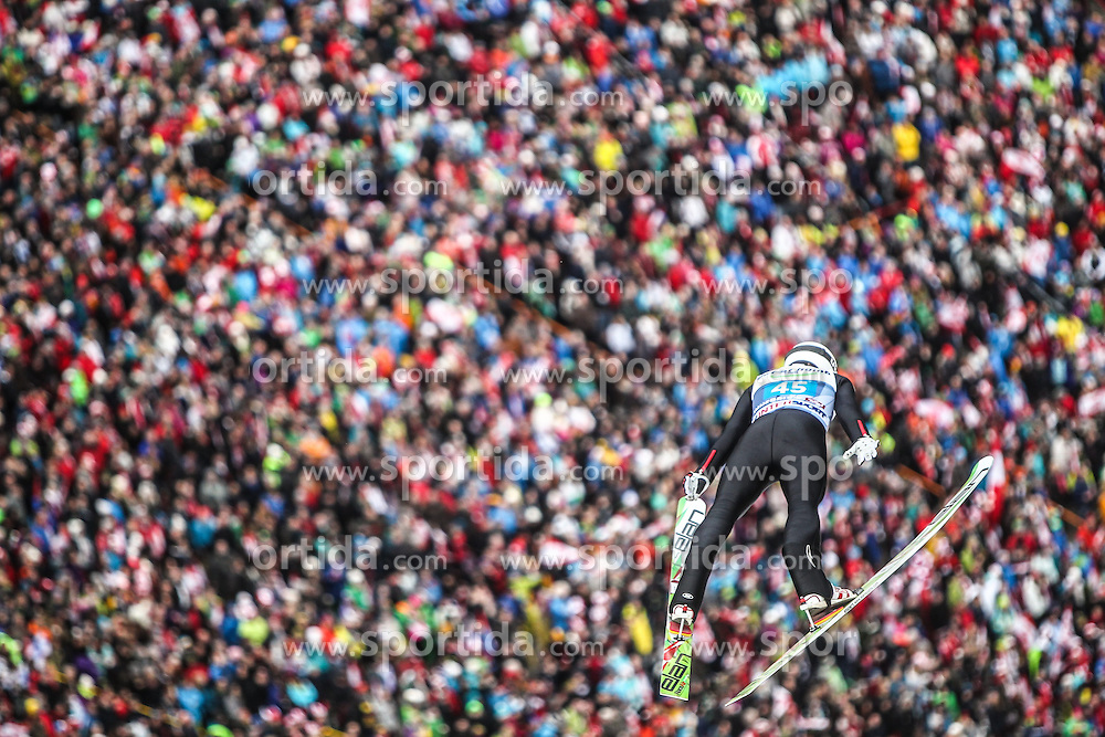 04.01.2014, Bergisel Schanze, Innsbruck, AUT, FIS Ski Sprung Weltcup, 62. Vierschanzentournee, Innsbruck, Bewerb, im Bild Mackenzie Boyd-Clowes (CAN) // Mackenzie Boyd-Clowes (CAN) during Competition of 62nd Four Hills Tournament of FIS Ski Jumping World Cup at the Bergisel Schanze in Innsbruck, Austria on 2014/01/04. EXPA Pictures © 2014, PhotoCredit: EXPA/ JFK