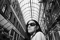 NAPOLI, 28 MAGGIO 2016: Valeria Valente, candidato per la carica di Sindaco di Napoli, incontra i commercianti della Galleria Umberto I durante la sua campagna elettorale.