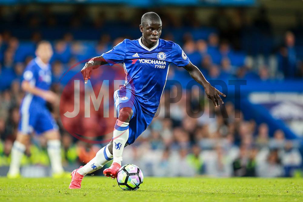 Ngolo Kante of Chelsea - Mandatory by-line: Jason Brown/JMP - 16/09/2016 - FOOTBALL - Stamford Bridge - London, England - Chelsea v Liverpool - Premier League
