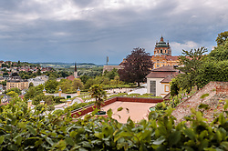 THEMENBILD - Blick auf das Benediktinerkloster Stift Melk. Der in den Jahren 1702 bis 1746 von Jakob Prandtauer errichtete Barockbau in der Wachau gehört zum UNESCO- Welterbe, aufgenommen am 7. Juni 2017, Melk, Oesterreich // View of the Melk Abbey. The baroque building built in the years between 1702 and 1746 by Jakob Prandtauer is a UNESCO World Heritage Site at Melk, Austria on 2017/06/07. EXPA Pictures © 2017, PhotoCredit: EXPA/ JFK