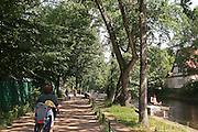 Berlino: Boeckler Park along Landwehrkanal in Kreuzberg