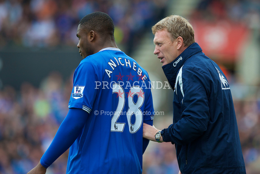 STOKE, ENGLAND - Saturday, May 1, 2010: Everton's manager David Moyes and Victor Anichebe during the Premiership match against Stoke City at Britannia Stadium. (Photo by David Rawcliffe/Propaganda)