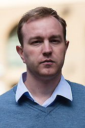 © Licensed to London News Pictures. 28/07/2015. London, UK. Former trader, TOM HAYES arrives at Southwark Crown Court in London. Hayes appears charged with eight counts of conspiracy to defraud in relation to alleged manipulation and rigging of the global Libor interest rate. The jury has retired to consider its verdict. Photo credit : Vickie Flores/LNP