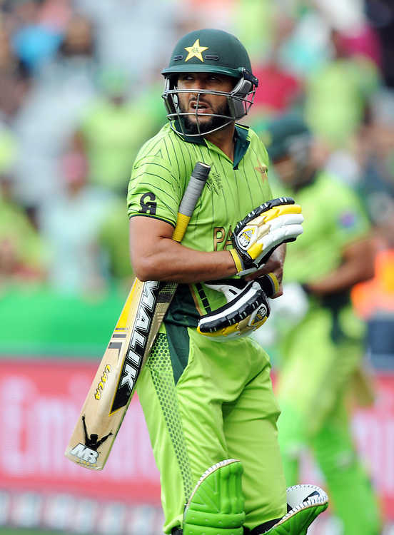 Pakistan's Shahid Afridi out for 22 to South Africa's Dale Steyn in the ICC Cricket World Cup at Eden Park, Auckland, New Zealand, Saturday, March 07, 2015. Credit:SNPA / Ross Setford