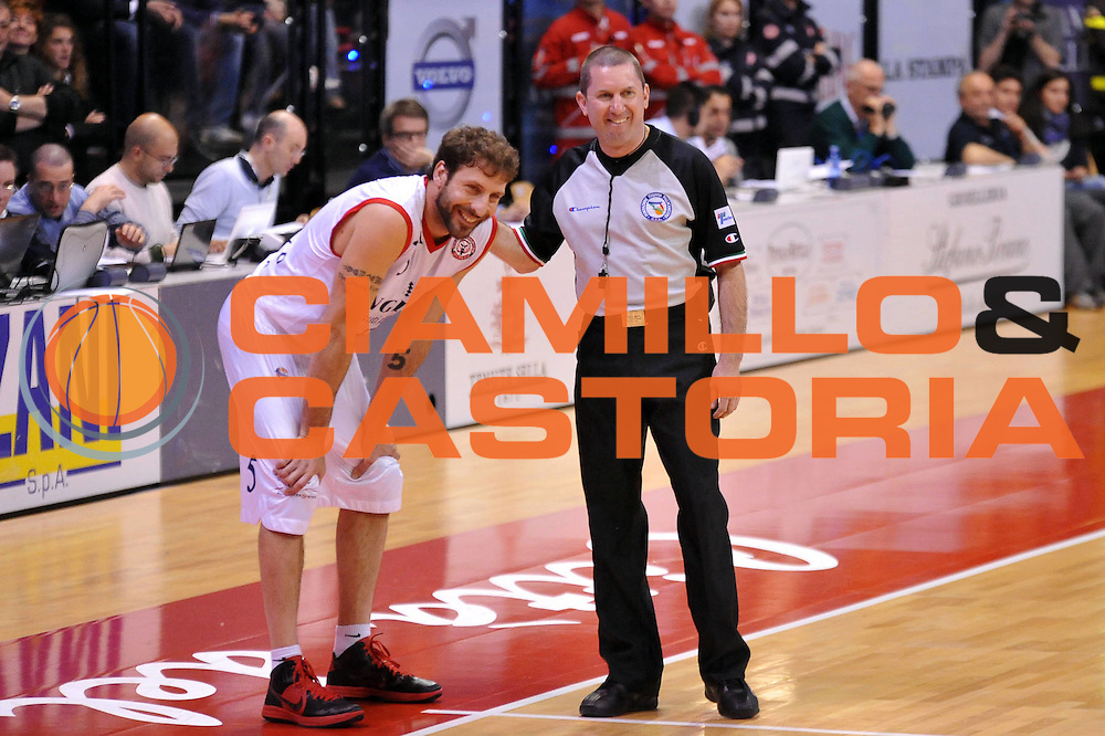 DESCRIZIONE : Biella Lega A 2011-12 Angelico Biella Otto Caserta<br /> GIOCATORE : Nicola Minessi Lorenzo Gori Arbitro<br /> CATEGORIA : Curiosita<br /> SQUADRA : Angelico Biella Arbitri<br /> EVENTO : Campionato Lega A 2011-2012<br /> GARA : Angelico Biella Otto Caserta<br /> DATA : 02/05/2012<br /> SPORT : Pallacanestro<br /> AUTORE : Agenzia Ciamillo-Castoria/S.Ceretti<br /> Galleria : Lega Basket A 2011-2012<br /> Fotonotizia : Biella Lega A 2011-12 Angelico Biella Otto Caserta<br /> Predefinita :