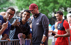BOSTON, MASSACHUSETTS, USA - Monday, July 22, 2019: Liverpool's manager Jürgen Klopp with supporters after a training session at Ohiri Field near Harvard Stadium on day seven of the club's pre-season tour of America. (Pic by David Rawcliffe/Propaganda)