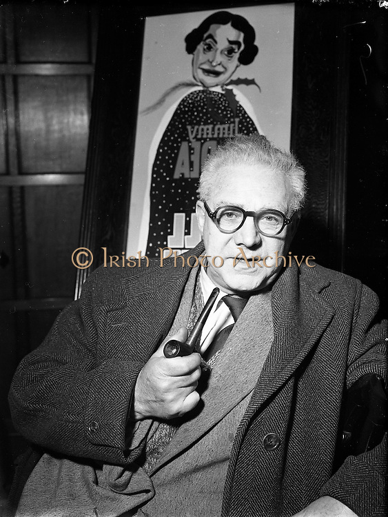 Harry O'Donovan Script Writer,<br />