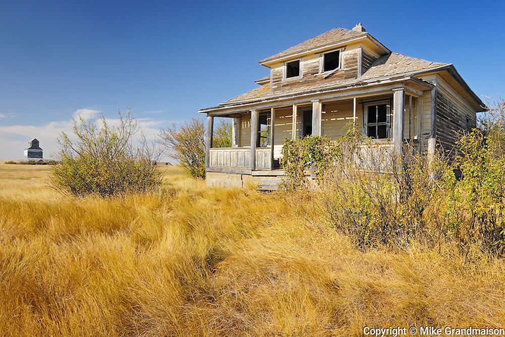 Ghost town with old homestead <br /> Fusilier<br /> Saskatchewan<br /> Canada