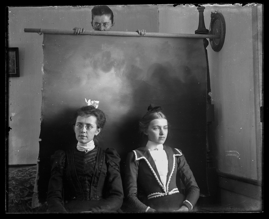 Victorian photograph of women having their portrait taken at the Bon Air house in Fallston, Maryland