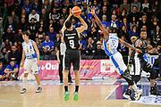 DESCRIZIONE : Beko Legabasket Serie A 2015- 2016 Dinamo Banco di Sardegna Sassari - Obiettivo Lavoro Virtus Bologna<br /> GIOCATORE : Abdul Gaddy<br /> CATEGORIA : Tiro Tre Punti Three Point Controcampo<br /> SQUADRA : Obiettivo Lavoro Virtus Bologna<br /> EVENTO : Beko Legabasket Serie A 2015-2016<br /> GARA : Dinamo Banco di Sardegna Sassari - Obiettivo Lavoro Virtus Bologna<br /> DATA : 06/03/2016<br /> SPORT : Pallacanestro <br /> AUTORE : Agenzia Ciamillo-Castoria/C.Atzori