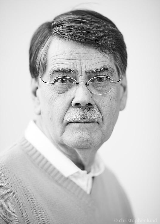 Sturla Már Jónsson, Húsgagna- og innanhússarkitekt fhi