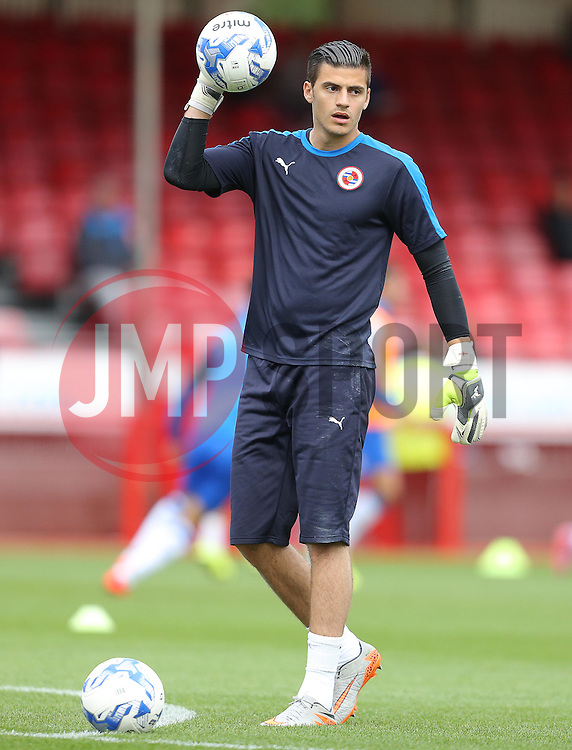 Jonathan Bond of Reading of Reading warms up before the match - Mandatory by-line: Paul Terry/JMP - 07966386802 - 27/07/2015 - SPORT - FOOTBALL - Crawley,England - Broadfield Stadium - Crawley Town v Reading - Pre-Season Friendly