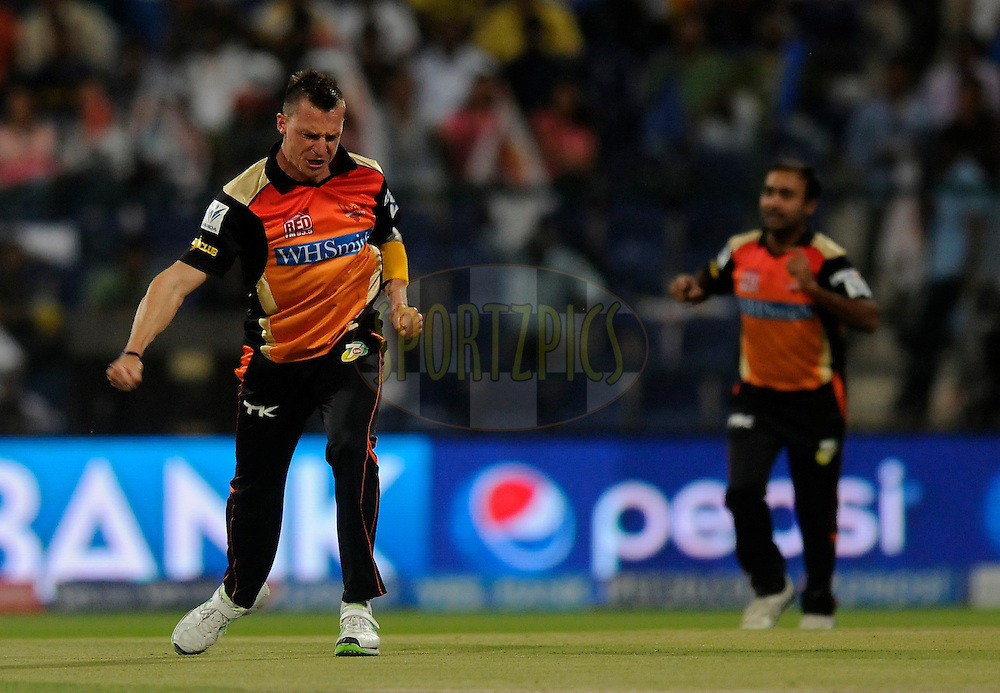 Dale Steyn of the Sunrisers Hyderabad Abhishek Nayar of the Rajatshan Royals during match 4 of the Pepsi Indian Premier League Season 7 between the Sunrisers Hyderabad and the Rajasthan Royals held at the Al Zayed Cricket Stadium, Abu Dhabi, United Arab Emirates on the 18th April 2014<br /> <br /> Photo by Pal Pillai / IPL / SPORTZPICS