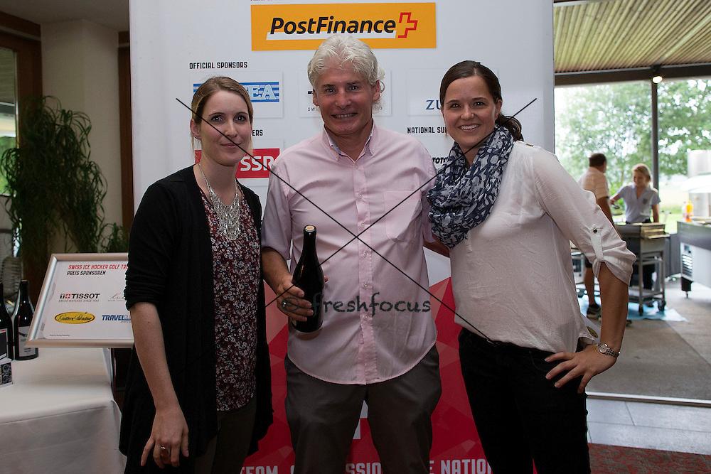 30.07.2014; Luterbach; Eishockey - Swiss Ice Hockey Golf Trophy 2014;   Jose Exposito wird ausgezeichnet(Christian Pfander/freshfocus)