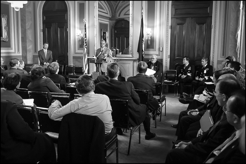 Senate Sergeant of Arms Al Lenhardt briefs Senators in the LBJ Room on the current status of the Dricksen and Hart Buildings.  10/25/01..©PF BENTLEY/PFPIX.com