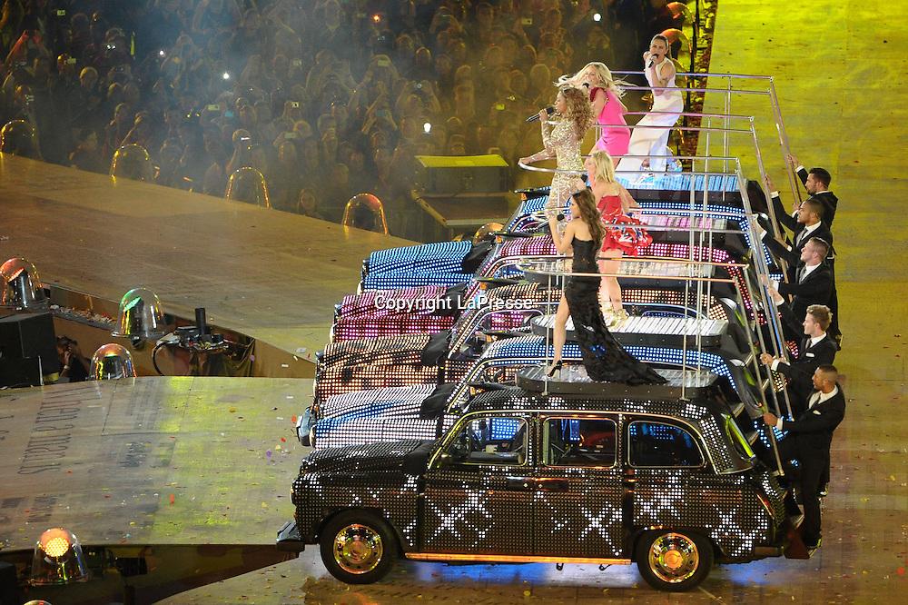 Foto Daniele Badolato - LaPresse<br /> 12 08 2012 Londra ( GB )<br /> Sport<br /> Olimpiadi Londra 2012 <br /> Nella foto : cerimonia chiusura<br /> <br /> Foto Daniele Badolato - LaPresse<br /> 12 08 2012 London ( GB )<br /> Sport<br /> London 2012 Olympics <br /> In the picture closing ceremony