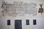 Kirche St. Martin. Das vorromanische Bauwerk entstand zum Ende des 11. Jahrhunderts und ist seit 1345 schriftlich belegt. Kralice nad Oslavou (deutsch Kralitz) ist eine Gemeinde in Tschechien. Sie liegt 29 Kilometer westlich des Stadtzentrums von Brno und gehört zum Okres Třebíč. Kralice war bis zur Mitte des 17. Jahrhunderts ein wichtiges Zentrum der Mährischen Brüderbewegung, hier entstand die Kralitzer Bibel.